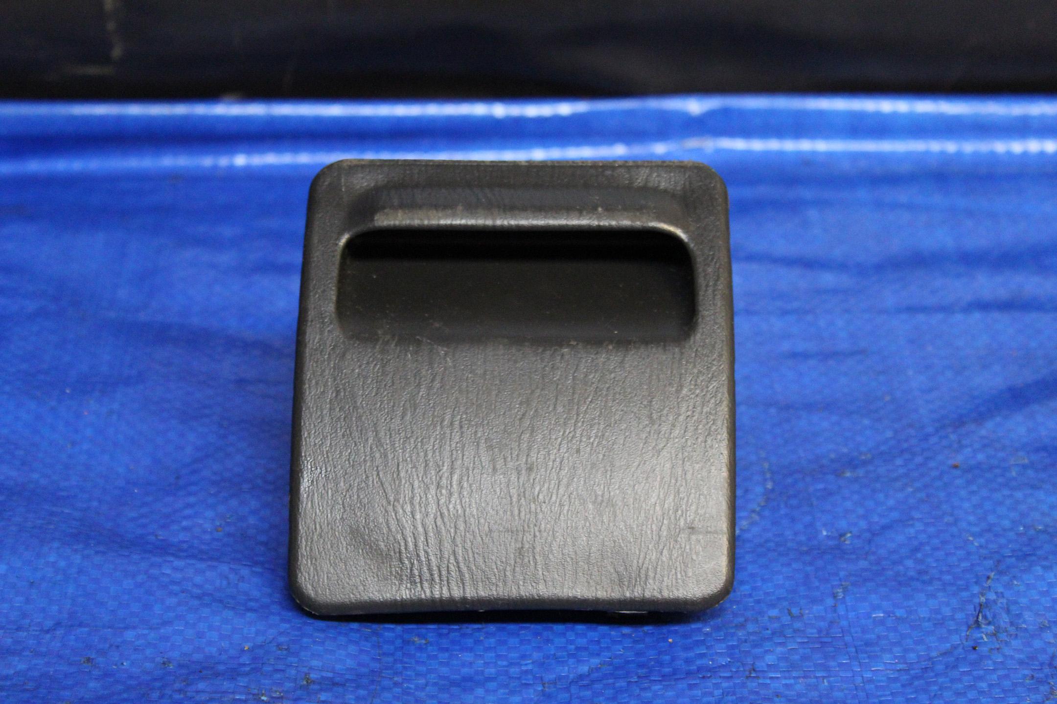 2002-2007 subaru impreza wrx & sti interior fuse box cover