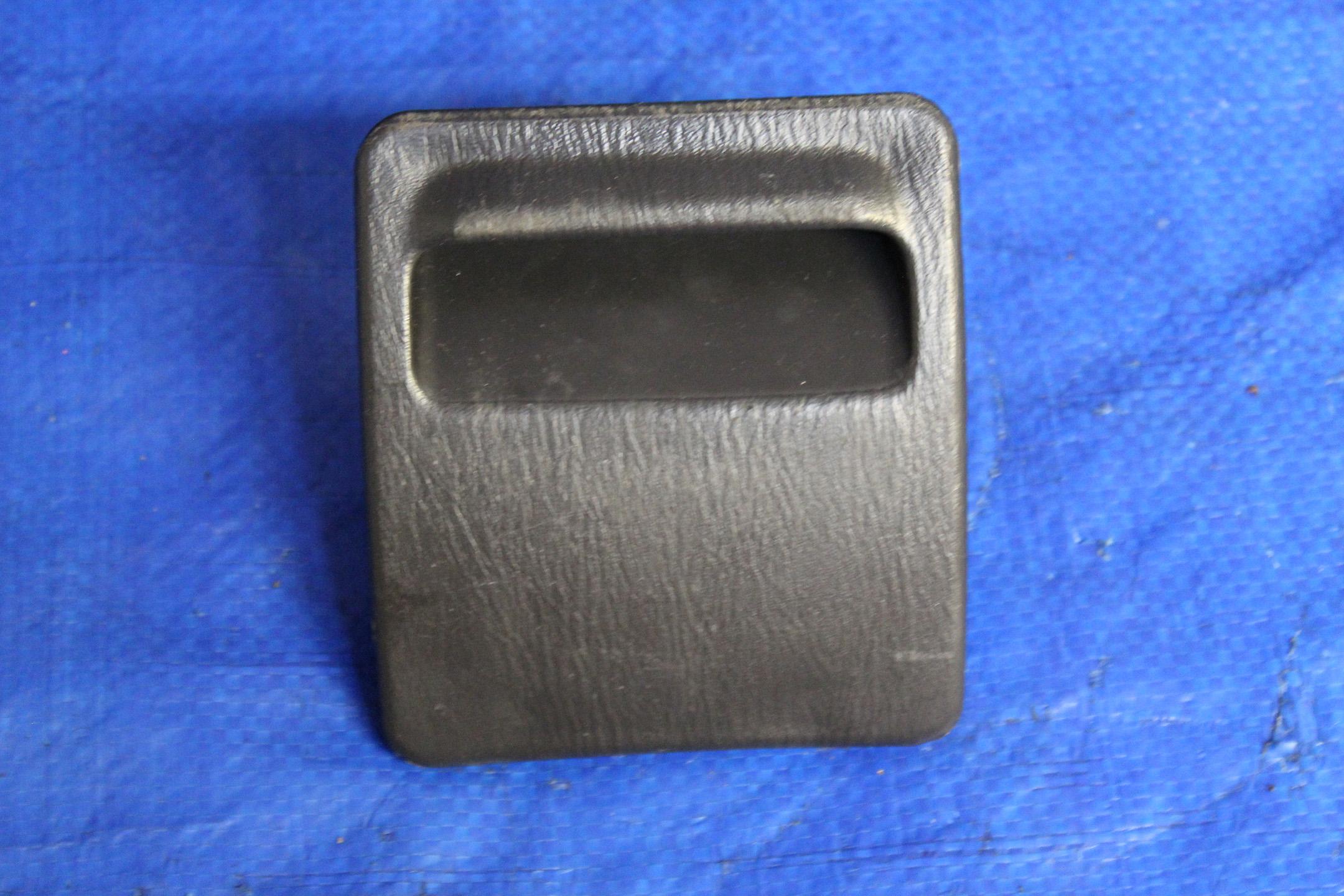 2002 2007 Subaru Impreza Wrx Sti Interior Fuse Box Cover