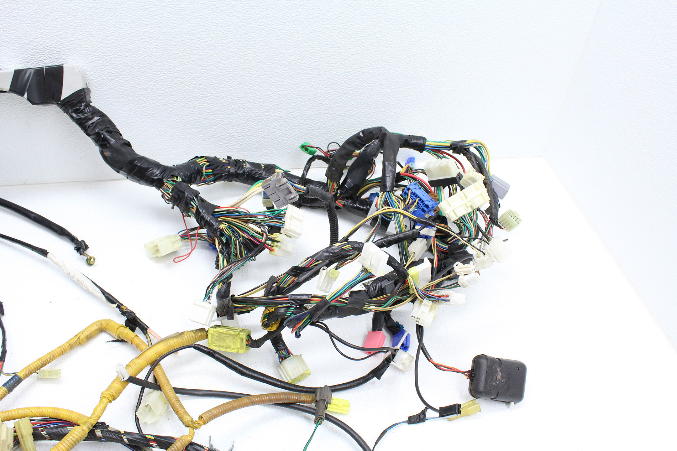 Bulk Wiring Harness Subaru Forester Find Diagram 1998 2001 Impreza 2 5 Rs Head 5mt Under Rh Subieautoparts Com Engine Connectors