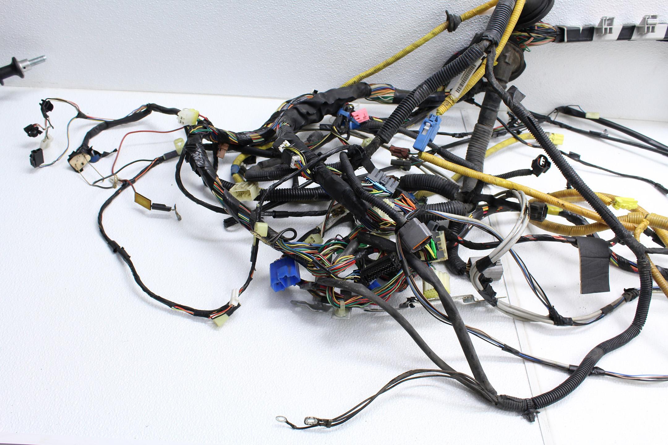 1998-2001 SUBARU IMPREZA 2.5 RS BULK HEAD WIRING HARNESS 5MT (UNDER on under dash lights, under dash mounting bracket, 2014 camaro auxiliary gauge wire harness, under dash clutch master cylinder, 2012 f250 dash wire harness, 1987 chevy dash harness, 2011 camaro auxiliary gauge wire harness, under dash gauges, under dash power supply, under dash radio, 86 ford ranger engine harness,