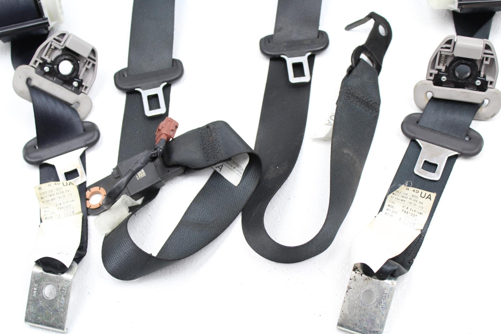 Rear Seat Belts Won T Auto Lock For Car Seat