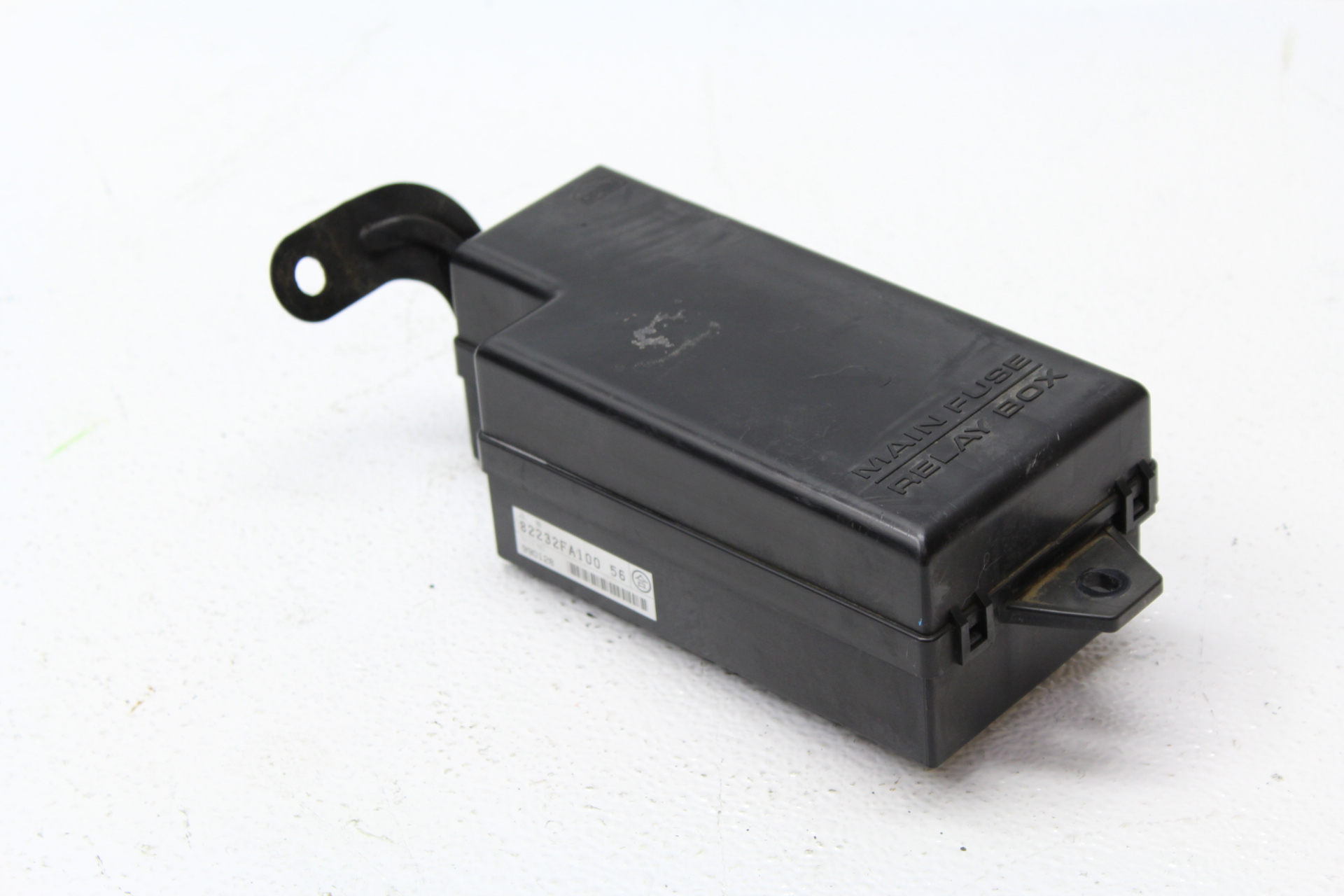 1998-2001 SUBARU IMPREZA 2.5 RS GC8 ENGINE BAY FUSE BOX OEM