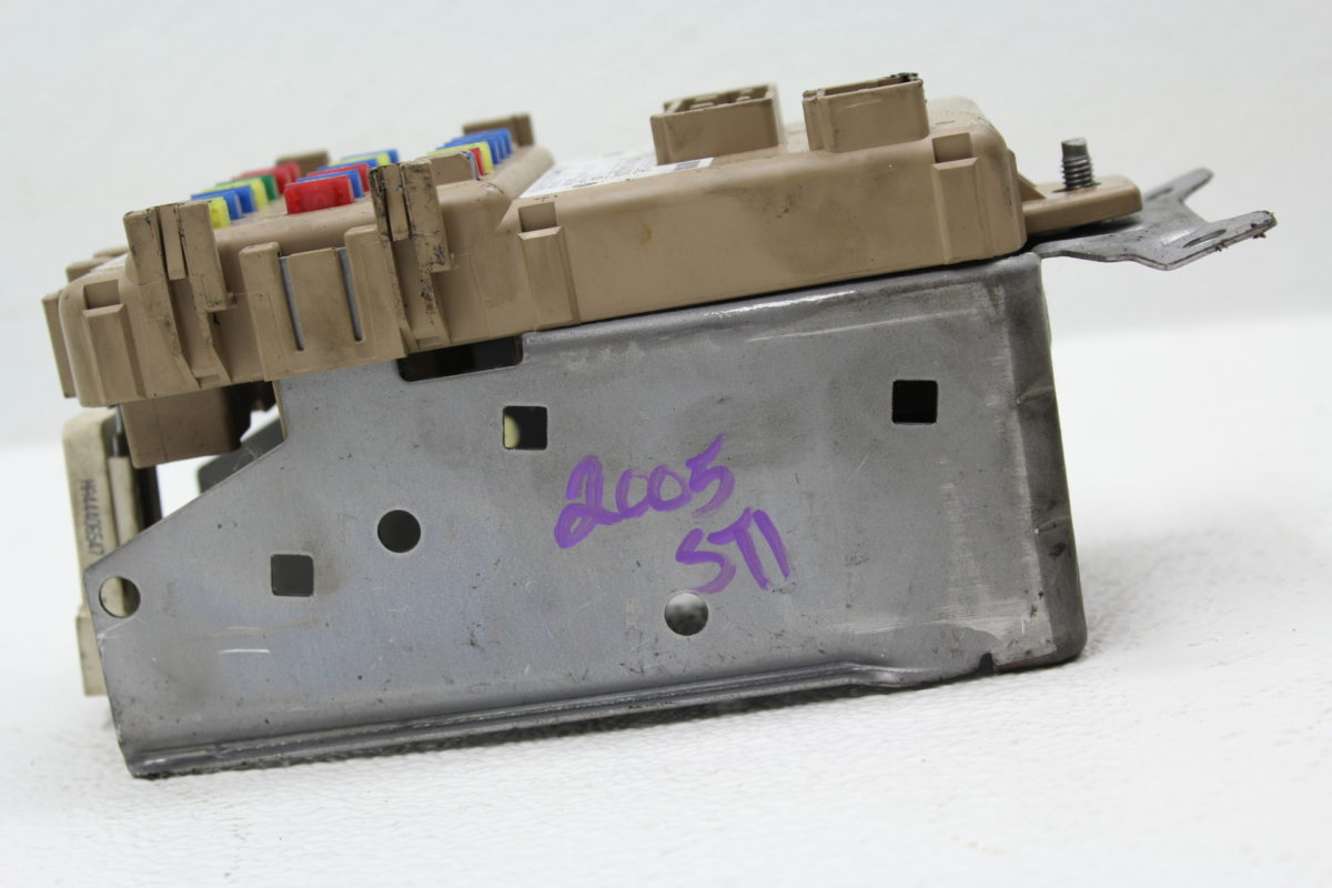 2005 2007 Subaru Impreza Wrx Sti Under Dash Fuse Box Panel Factory Oem 05 07
