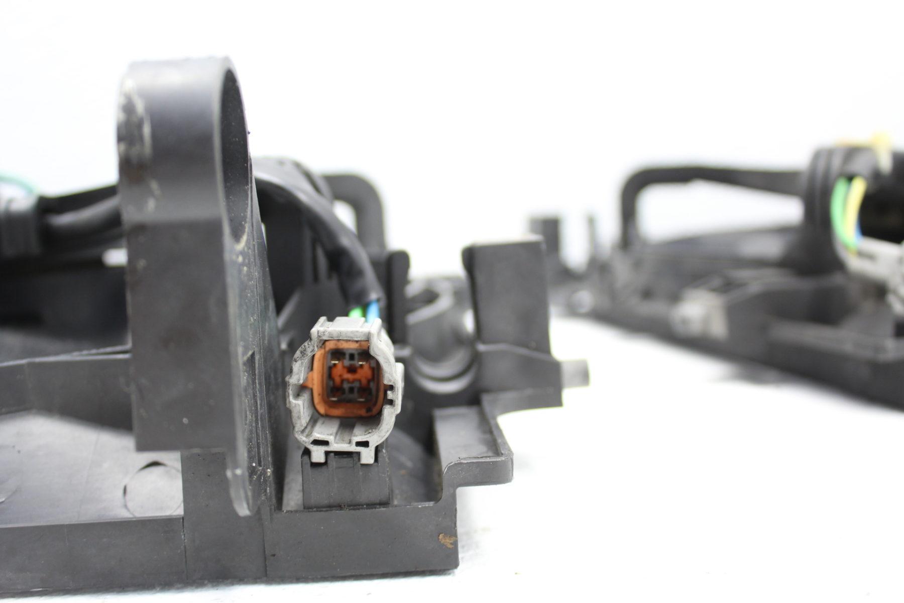 04-07 2004-2007 SUBARU WRX & STI ENGINE RADIATOR COOLING FAN ASSEMBLY SET
